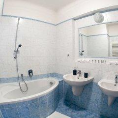Отель St. Nicholas Church - 2 Br Apts ванная фото 2