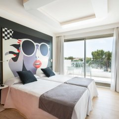 Отель THB Naeco Ibiza - Adults Only комната для гостей фото 3