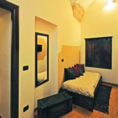 Отель Michelangelo B&B Лечче сейф в номере