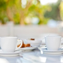 Отель Acqua Vatos Santorini Hotel Греция, Остров Санторини - отзывы, цены и фото номеров - забронировать отель Acqua Vatos Santorini Hotel онлайн питание фото 3