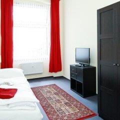 Отель Berliner City Pension Uhlandstrasse Берлин комната для гостей фото 4