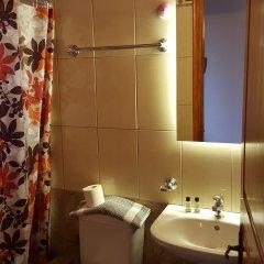 Отель Stefanos Place Греция, Корфу - отзывы, цены и фото номеров - забронировать отель Stefanos Place онлайн ванная фото 2