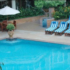 Dusit Thani Bangkok Hotel бассейн фото 5