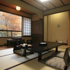 Отель Ryokan Wakaba Япония, Минамиогуни - отзывы, цены и фото номеров - забронировать отель Ryokan Wakaba онлайн интерьер отеля