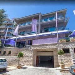 Отель Butua Residence Черногория, Будва - отзывы, цены и фото номеров - забронировать отель Butua Residence онлайн парковка