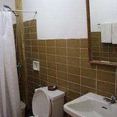 Отель Casa Linda Pension Филиппины, Пуэрто-Принцеса - отзывы, цены и фото номеров - забронировать отель Casa Linda Pension онлайн ванная фото 2