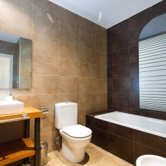 Отель Trinitarios Apartment Испания, Валенсия - отзывы, цены и фото номеров - забронировать отель Trinitarios Apartment онлайн ванная