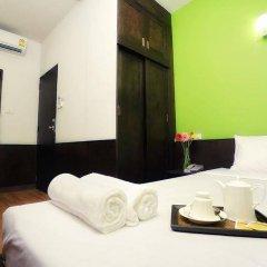 Отель Baan Namtarn Guest House Бангкок комната для гостей фото 3
