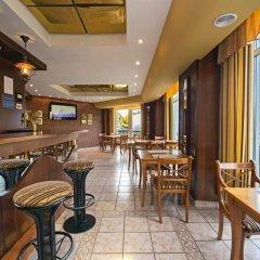 Hotel Dnipro гостиничный бар