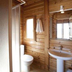 Отель Camping Bayona Playa Испания, Байона - отзывы, цены и фото номеров - забронировать отель Camping Bayona Playa онлайн ванная