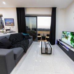 Апартаменты Country view luxury apartment Марсаскала комната для гостей