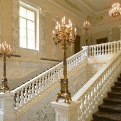 Гостиница Four Seasons Lion Palace St. Petersburg интерьер отеля фото 5