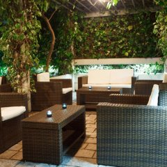 Отель Admiral Черногория, Будва - отзывы, цены и фото номеров - забронировать отель Admiral онлайн бассейн фото 3