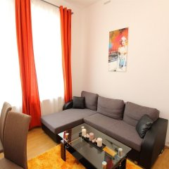 Апартаменты CheckVienna Edelhof Apartments комната для гостей фото 7