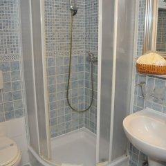 Отель Galerija ванная фото 2