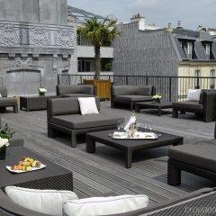 Отель Hôtel Barrière Le Fouquet's Франция, Париж - 1 отзыв об отеле, цены и фото номеров - забронировать отель Hôtel Barrière Le Fouquet's онлайн бассейн фото 2