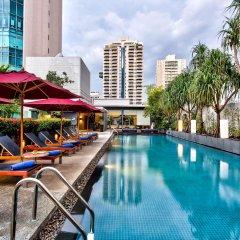 Отель Park Plaza Bangkok Soi 18 бассейн фото 2