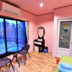 Отель Chomlay Room & Restaurant Старая часть Ланты фитнесс-зал