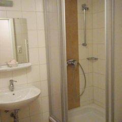 Отель Gasthaus Hinterbrühl Австрия, Зальцбург - отзывы, цены и фото номеров - забронировать отель Gasthaus Hinterbrühl онлайн ванная