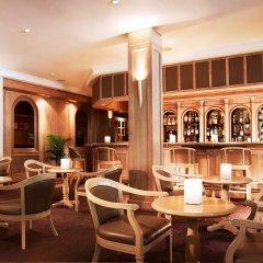 Goodwood Park Hotel гостиничный бар