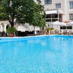 Отель Theoxenia Residence бассейн