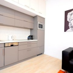 Апартаменты Vienna Residence Lovely Apartment With Space for 2 Close to the Subway Вена в номере