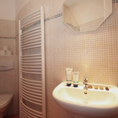 Отель V lesicku residence Чехия, Прага - отзывы, цены и фото номеров - забронировать отель V lesicku residence онлайн ванная фото 3