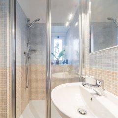 Отель Sweet Holidays in Rome Италия, Рим - отзывы, цены и фото номеров - забронировать отель Sweet Holidays in Rome онлайн ванная фото 2