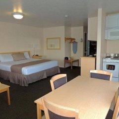 Отель Capt. Thomson's Resort в номере