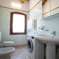 Отель Casa Quisi Италия, Абано-Терме - отзывы, цены и фото номеров - забронировать отель Casa Quisi онлайн ванная фото 2