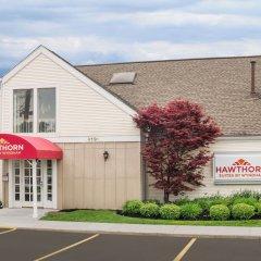 Отель Hawthorn Suites Columbus North Колумбус парковка
