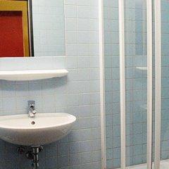 Отель citystay Hostel Berlin Mitte Германия, Берлин - 2 отзыва об отеле, цены и фото номеров - забронировать отель citystay Hostel Berlin Mitte онлайн ванная фото 2