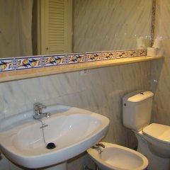 Отель Apartamentos Son Bou Gardens ванная