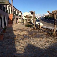 Отель ApartHotel Voramar Испания, Кала-эн-Форкат - отзывы, цены и фото номеров - забронировать отель ApartHotel Voramar онлайн приотельная территория