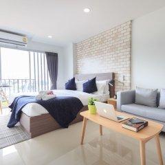 Отель Q Space Residence Бангкок комната для гостей