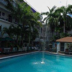Отель Gloriana Hotel Ямайка, Монтего-Бей - отзывы, цены и фото номеров - забронировать отель Gloriana Hotel онлайн бассейн