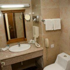 Отель Grand Hotel Madaba Иордания, Мадаба - 1 отзыв об отеле, цены и фото номеров - забронировать отель Grand Hotel Madaba онлайн ванная