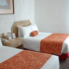 Отель Aranzazu Centro Historico Гвадалахара комната для гостей