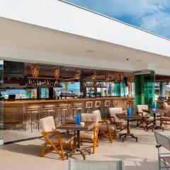 Отель Limanaki Beach Hotel Кипр, Айя-Напа - 1 отзыв об отеле, цены и фото номеров - забронировать отель Limanaki Beach Hotel онлайн бассейн фото 2