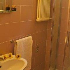 Отель Rebola Италия, Римини - отзывы, цены и фото номеров - забронировать отель Rebola онлайн ванная фото 2