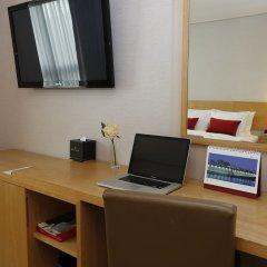 Отель Ramada by Wyndham Seoul Dongdaemun удобства в номере