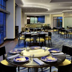 Le Meridien Dubai Hotel & Conference Centre питание фото 3