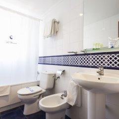 Hotel La Barracuda ванная