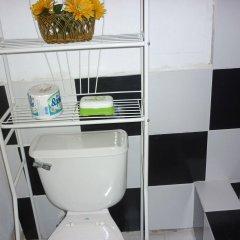 Отель East Bay Villas ванная