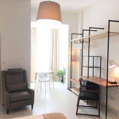 Two Pillows Boutique Hostel комната для гостей