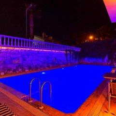 Отель Otel Kabasakal Чешме бассейн фото 3