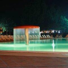 Hotel Quadrifoglio - Quadrifoglio Village Понтеканьяно бассейн