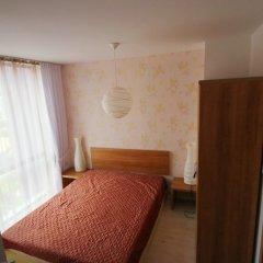 Апартаменты Menada Rainbow Apartments Солнечный берег комната для гостей фото 7
