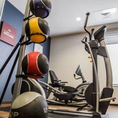 Отель Comfort Suites Sarasota - Siesta Key фитнесс-зал