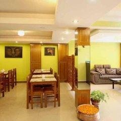 Отель Namaste Nepal Hotels and Apartment Непал, Катманду - отзывы, цены и фото номеров - забронировать отель Namaste Nepal Hotels and Apartment онлайн питание